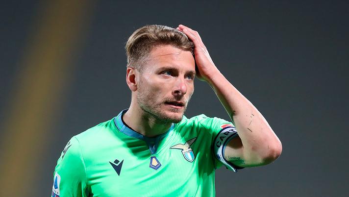 Lazio, tifosi contro la maglia home verde. Falso allarme: la ...