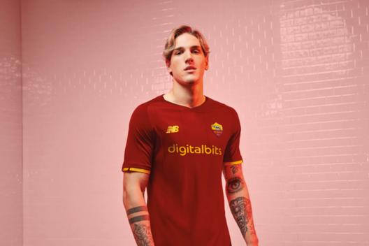 Roma, ufficiali le nuove maglie New Balance: DigitalBits main ...