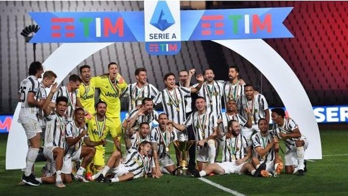 Nove titoli nazionali consecutivi: Juventus, prima in Italia e… 28 ...